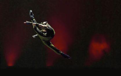 Pokaz chińskiego tańca i śpiewu